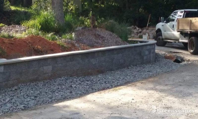 4 foot retaining wall made with splitface concrete